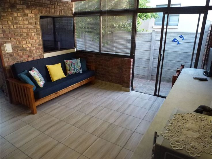 44 Geelhout Ave Flat - Welcome to 44 Geelhout.The accommodation consists of a self-catering, one bedroom flat in Hartenbos Heuwels suitable for 2 adults and 2 children. There is a double bed in the bedroom and a sleeper couch ... #weekendgetaways #hartenbos #gardenroute #southafrica