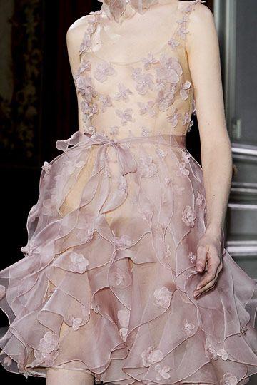 coco-is-haute:  Valentino Haute Couture
