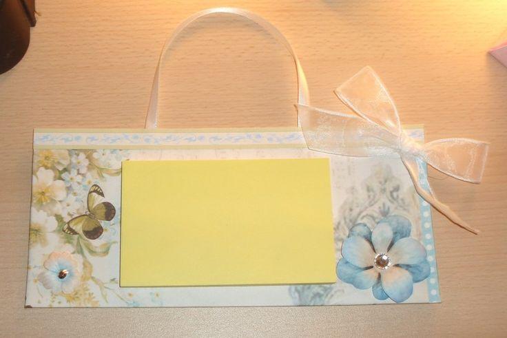 Porta post it Fiore e farfalla di Monica Vittani Handmade su DaWanda.com