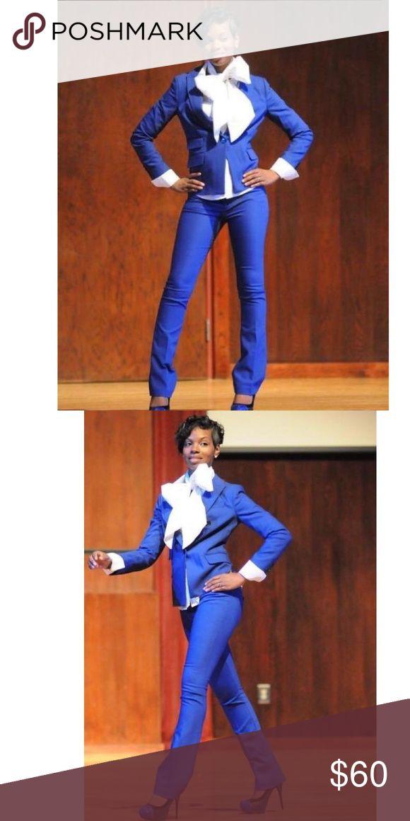 Express Royal Blue Blazer & Pants Suit Size Small Royal Blue Suit from Express... Size Small, Great Condition... Includes Blazer & Pants Express Jackets & Coats Blazers