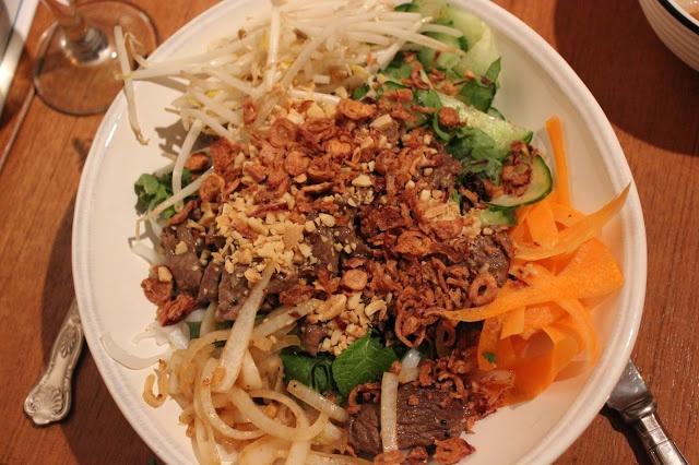 Recipe for Bun Bo Xao (Bun Bo Nam Bo) - a super fresh, easy Vietnamese beef noodle bowl