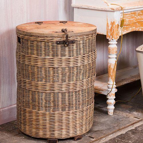 161 best decoclico images on pinterest furniture rook and tower. Black Bedroom Furniture Sets. Home Design Ideas