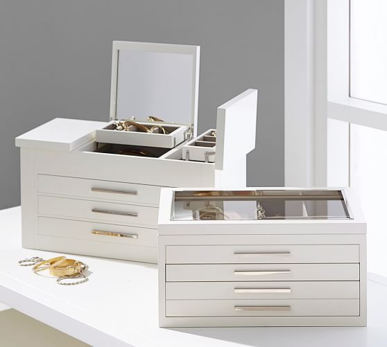 Modern Jewelry Box for the Mom who loves to accessorize. & Best 25+ Modern jewelry box ideas on Pinterest | Pearl engagement ... Aboutintivar.Com