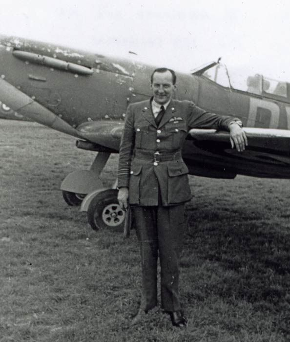 """F/L Dennis L """"Tage"""" Armitage was appointed A flight commander of No 266 Squadron RAF on 3 August 1940, scoring his first success over a Ju 88 9 days later. When both S/L Rodney L Wilkinson, and the other flight leader, S/Lt Henry laF """"Sinbad"""" Greenshields, were lost on 16 August, the 28-year-old pilot assumed temporary command, whose 5 remaining pilots he took to RAF Wittering on 21 September to reform, with S/L Patrick G """"Jamie"""" Jameson having been posted in as new CO 4 days earlier."""