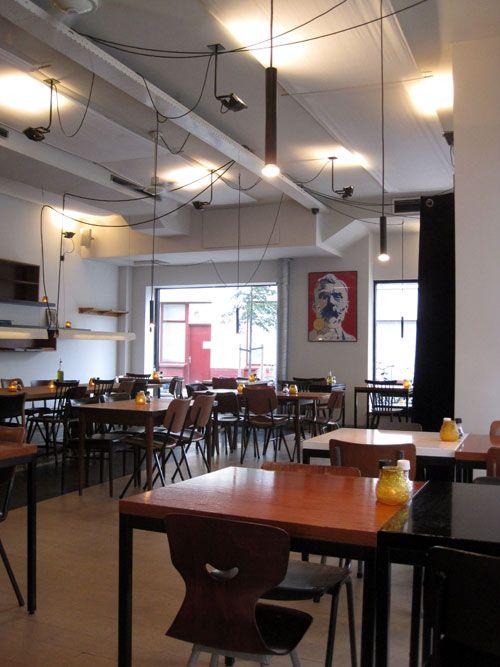 Fa. Pekelhaaring, van Woustraat 127-129. Food and drinks