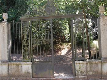 Porta do Luso ou dos «Passarinhos» na Mata do Buçaco