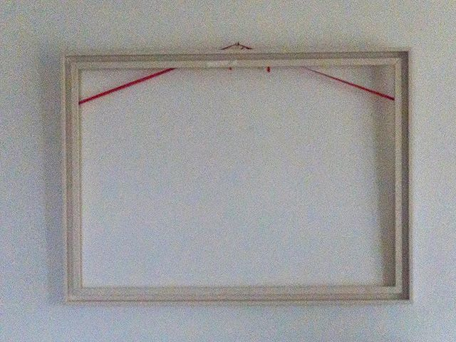 No photo today .#jmvoge #photographylover #wallart #frame #red #white #atmosphere #memories #enjoylife #quiettime #silence #dreams #waiting #hope #style #luxe