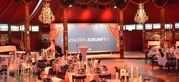 teatro - Spiegelzelt  - PR und Marketingevents in München #PR #marketing #events #münchen #bayern #design#eventmanagement #planen#organisieren #firmenevent#eventinc #veranstaltung