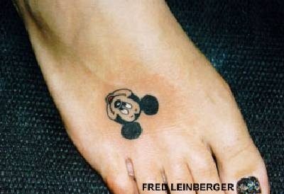 mickey mouse tattoos for women | mickey mouse tatuado a color tattoos tattoo designs