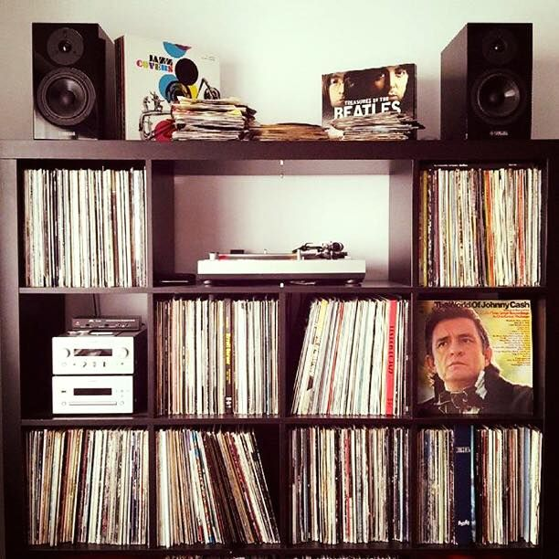 1000 Ideas About Vinyl Record Display On Pinterest