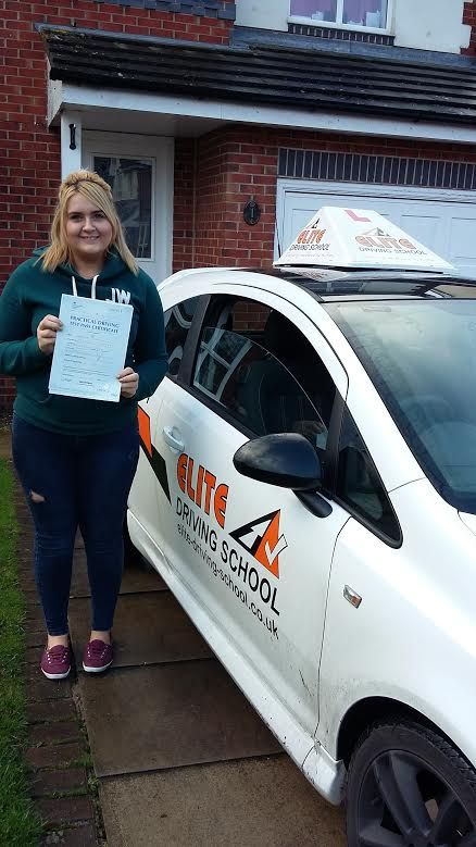 Congratulations to Claudia Cartwright of Hedon for passing her practical driving test on the 5th of January 2016. Well done from Driving Instructor James Foston and the Team at Elite Driving School.
