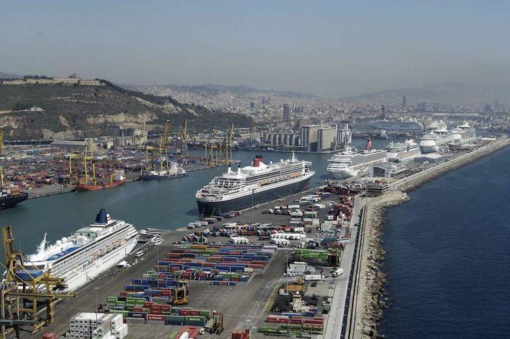 Vista aérea del puerto de Miami. Empresas de Florida buscan negocios en Honduras El país es el noveno socio comercial del estado norteamericano