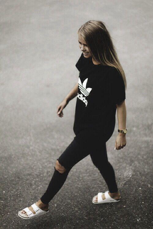 ❤️All black addidas tshirt and skinny torn jeans❤️ @dear_blackbird_boutique