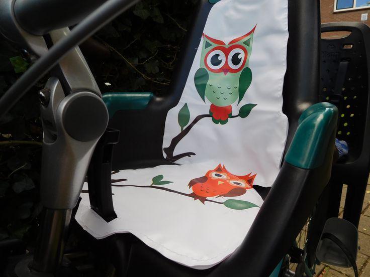 een leuk hip kussen voor in je fietsstoel, verkrijgbaar in alle soorten en maten
