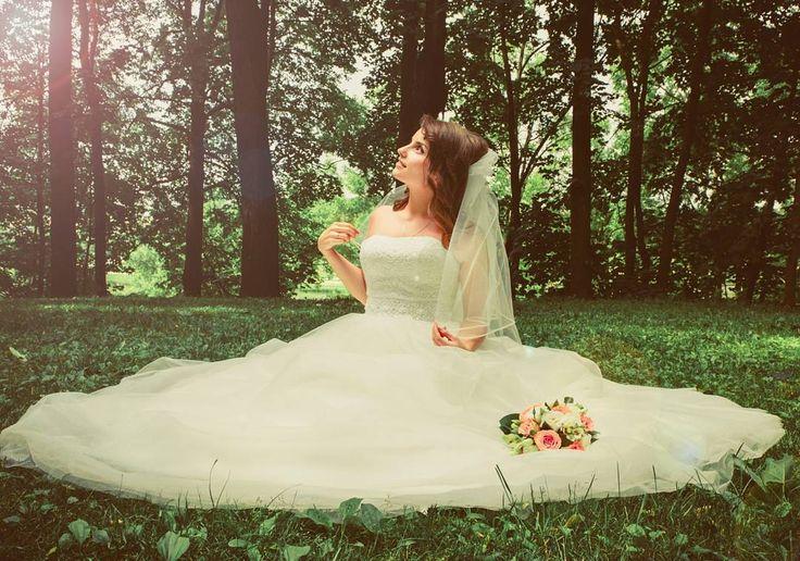 Aşk ������ 2017 rezarvasyonlarımiz devam ediyor. Çekimler hakkında detaylı bilgi almak için ���������������������������� �� Whatsapp / DM / Bilgi / Rezervasyon ��0543 223 03 49�� ���������������������������� . #wedding #weddingphotography #photo #photographer #wedding #bride #groom #blue #trashday #dugunfotografi #dugunfotografcisi #fotograf #dugun #discekim #gelin #damat #gelinlik #gelinbuketi #gelincicegi #mavi #ask #canon #istanbul #türkiye #life #love #loveit #lovely…