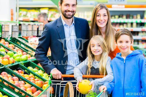 https://ru.dollarphotoclub.com/stock-photo/Famile beim Einkaufen im Lebensmittelmarkt/63184373 Dollar Photo Club миллион стоковых картинок за 1$ каждая