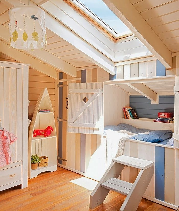 LOVE the alcove bed! Awesome kid's bedroom! #home decor #interiors