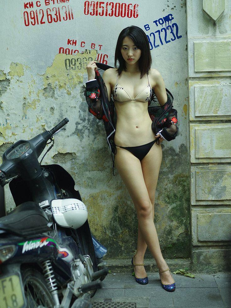 ソシャゲーCM出演中のnon-no専属モデル武田玲奈(19)がベトナムで乳首ポチw - エロチカ
