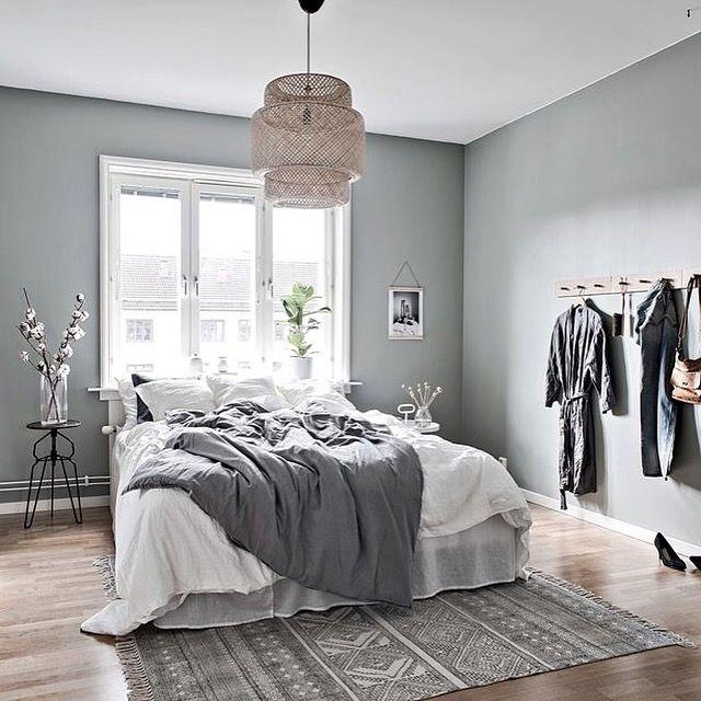 Fräscht grönt sovrum