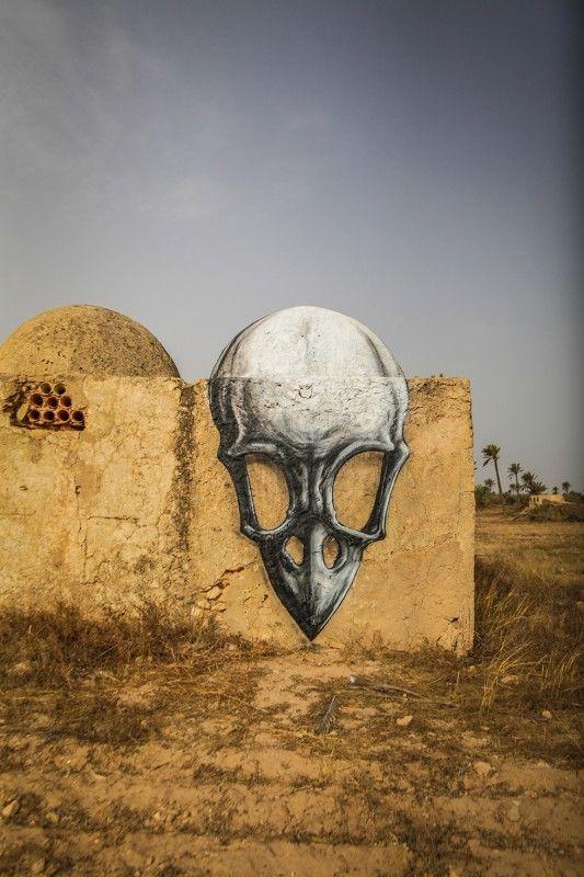 Djerbahood :  Du street art en Tunisie. I love the 3D effect and the use of irregular wall