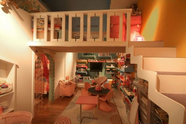 great storage wall, the passageway to and from kids' bedrooms, etc.Kids Playrooms, Playrooms Design, Kids Spaces, Kids Room, Girls Room, Plays Spaces, Plays Area, Loft Design, Kids Design