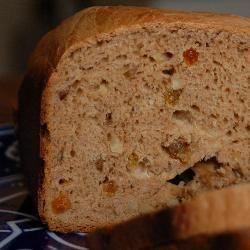 Kaneelbrood uit de broodbakmachine @ allrecipes.nl