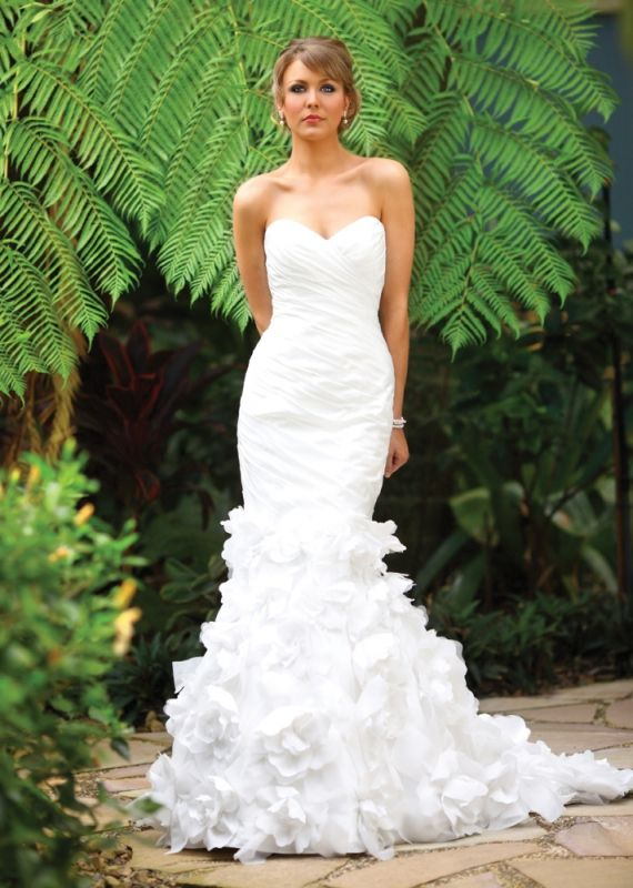 fluffy sheek wedding gown