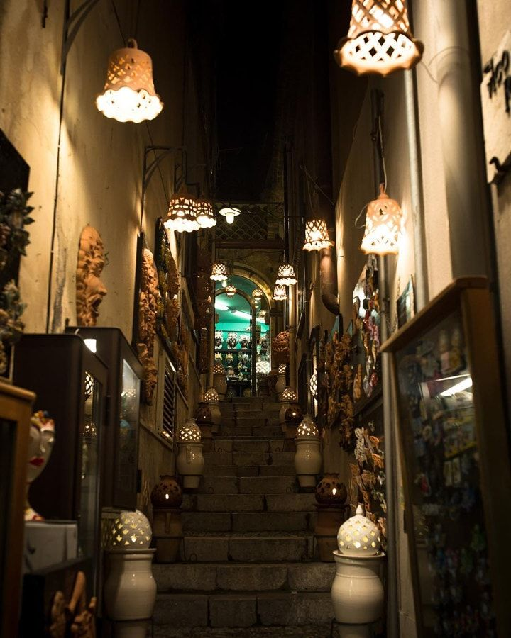 #fireflies #alley #taormina #sicily #italy #fotografia #canon #canon5dmarkiii #canonphotography...