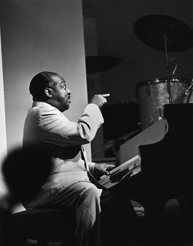 Count Basie, Newport Jazz Festival, 1955 (CTB01)  © Herman Leonard
