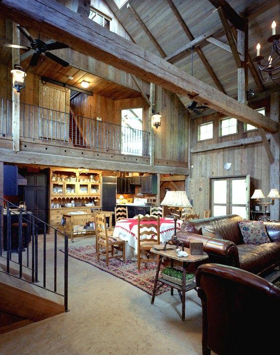 Best 25 converted barn homes ideas on pinterest barn for Barn loft homes