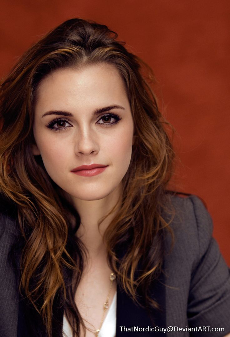 Kristen Stewart / Emma WatsonAll right, last one, I promise!