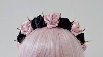 Ugh I love these pastel goth flower/spike headbands sooo much..Anybody know where to get some?:3