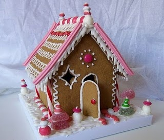 #gingerbread house: Cake, Pink House, Pink Gingerbread, Food, Inspiration Boards, Christmas, Gingerbread Houses, White House, Cool Stuff