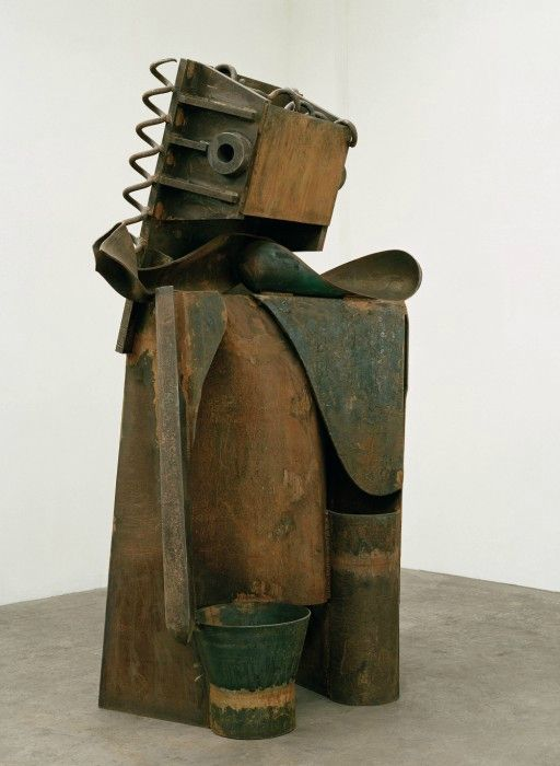 Anthony Caro: Goddess, 2009. Steel, 247 x 138 x 105 cm. Würth collection, Inv. 14130 © Barford Sculptures Limited