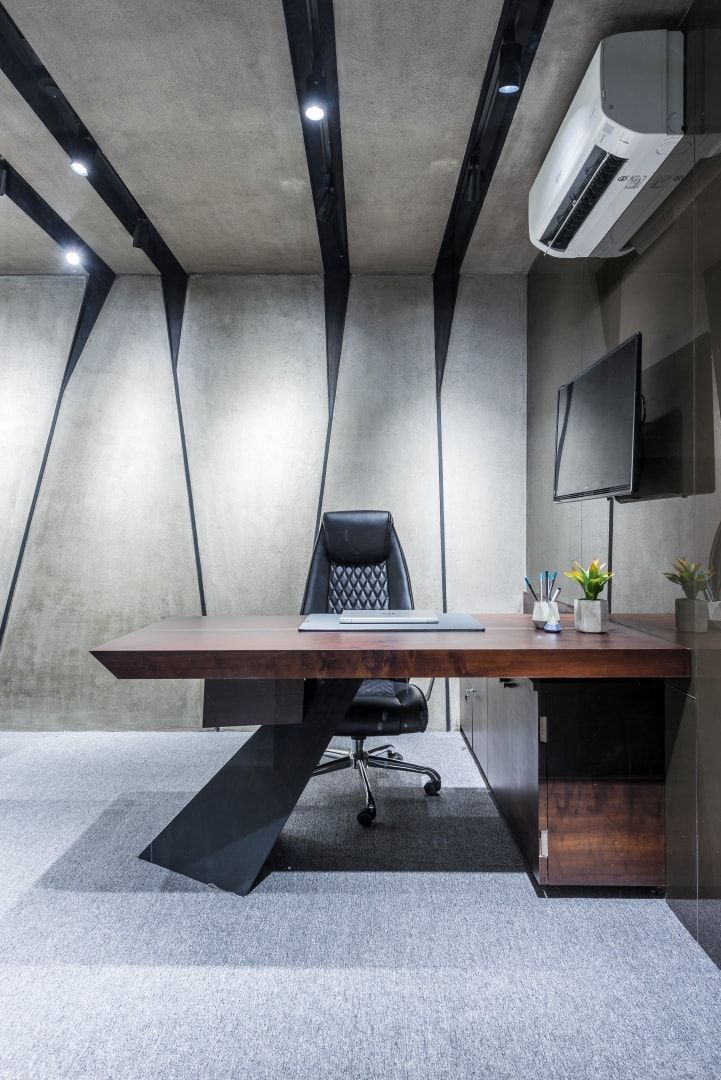 Office Design Is Bold And Spirited Composition Office Interior Design Modern Office Ceiling Design Office Interior Design