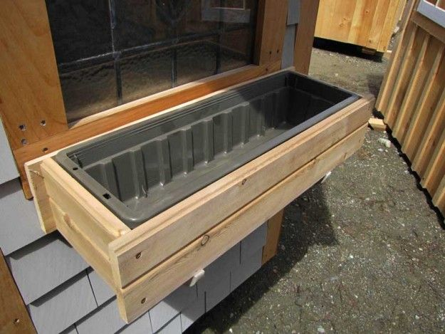 25 Best Ideas About Wooden Window Boxes On Pinterest