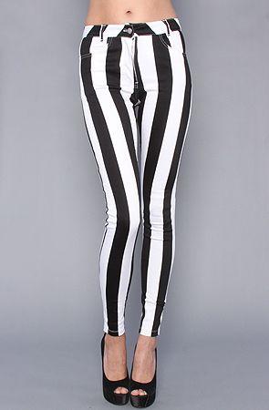The Jordan Skinny in Black and White Big Stripe by Motel
