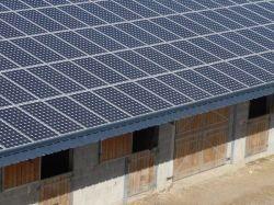 Près de 350 futures centrales solaires sur des bâtiments et parkings