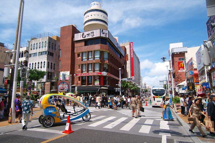 沖縄グルメ巡りに便利なホテル&パッケージツアー   たびらい