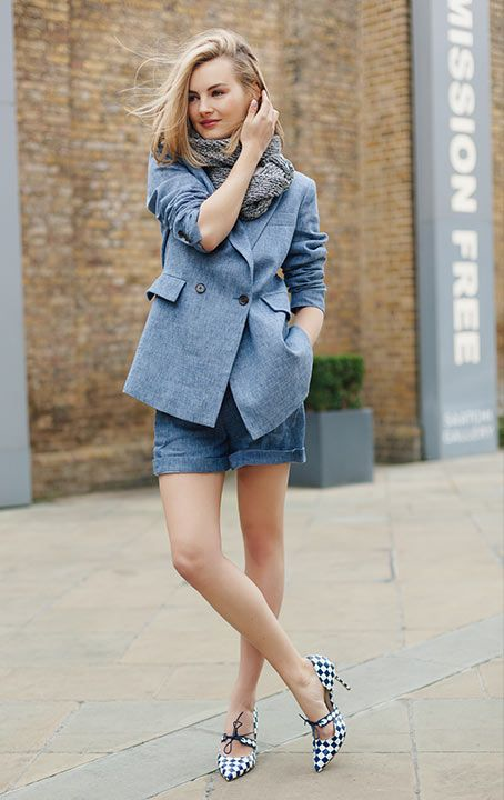 Lifestyle blogger and YouTube star Niomi Smart talks style, inspiration and London with L.K.Bennett. #lkbennett