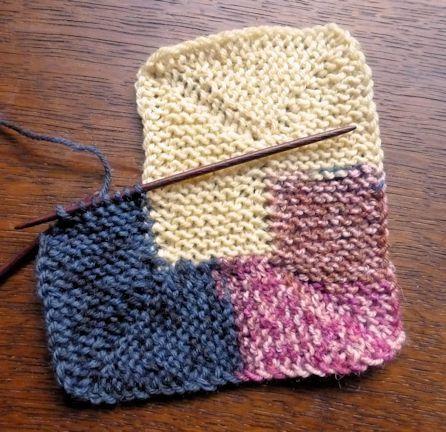 Decke mit nur 10 Maschen in Spiralen gestrickt - Grösse variabel / ideal für Wollreste