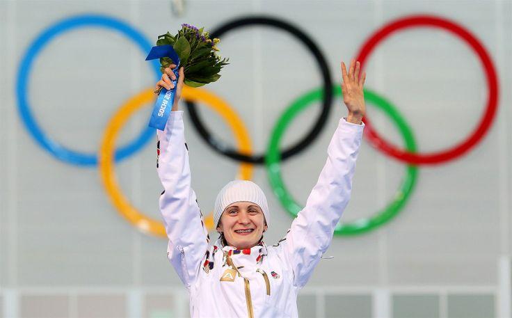 Česká rychlobruslařka Martina Sáblíková skončila v závodě na 3 000 metrů stříbrná. (9. února 2014)
