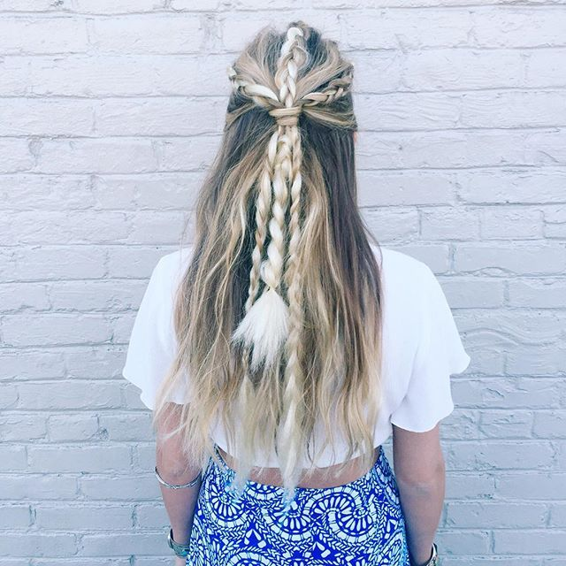 Obsessing over these boho braids by @suziekmakeup  #mumufestival