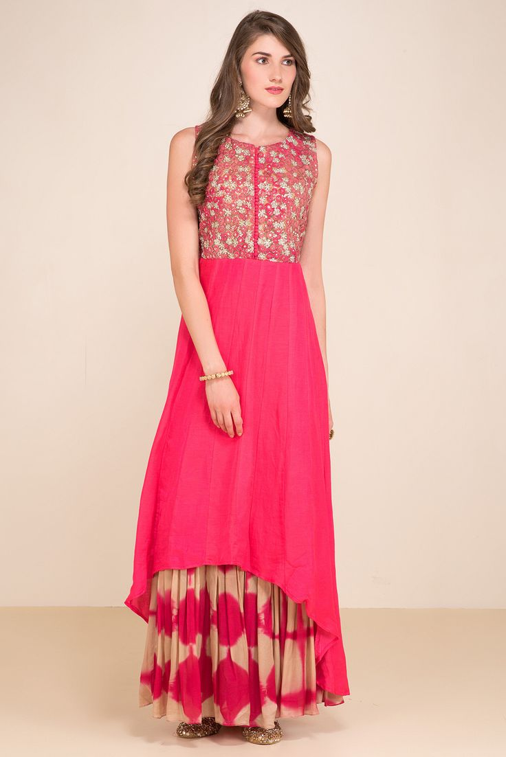 ZAYAH Pink Embroidered Kurta Gown #flyrobe #wedding #weddingoutfit #flyrobeweddings #receptionoutfits #designerwear #designergown #receptiongown