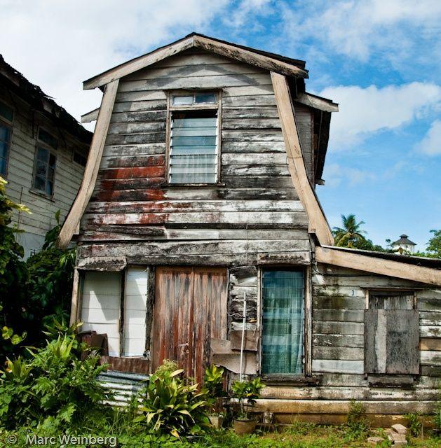 Vergeten huisje van Suriname