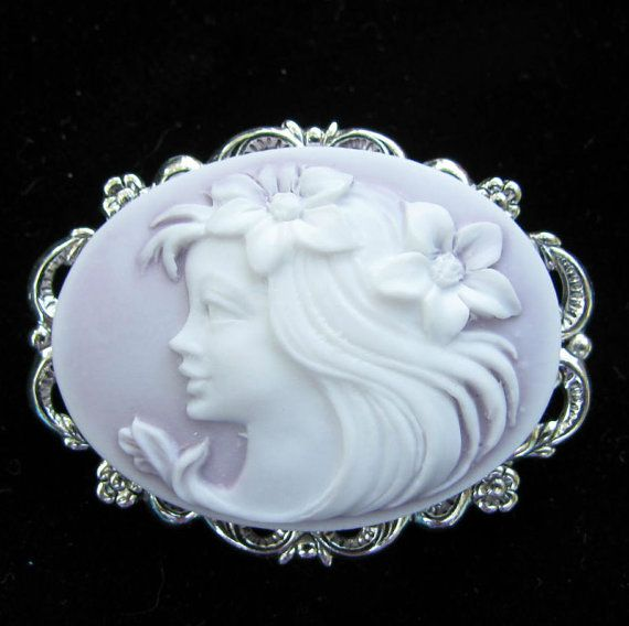 Cameo Brooch or Pendant  Lavender with White Profile