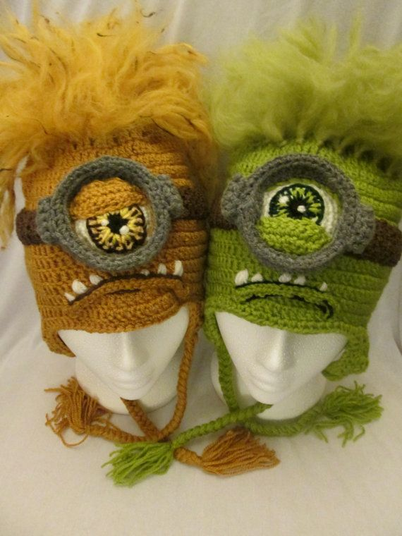 Alien monster crochet hat pattern in sizes 3 by MistybelleCrochet Etsy Store Shout Out!!  Ok! Now this is about the coolest monster hat I have seen. This designer has some amazing hats. STop by her store and you will see what I mean!  <3 it!