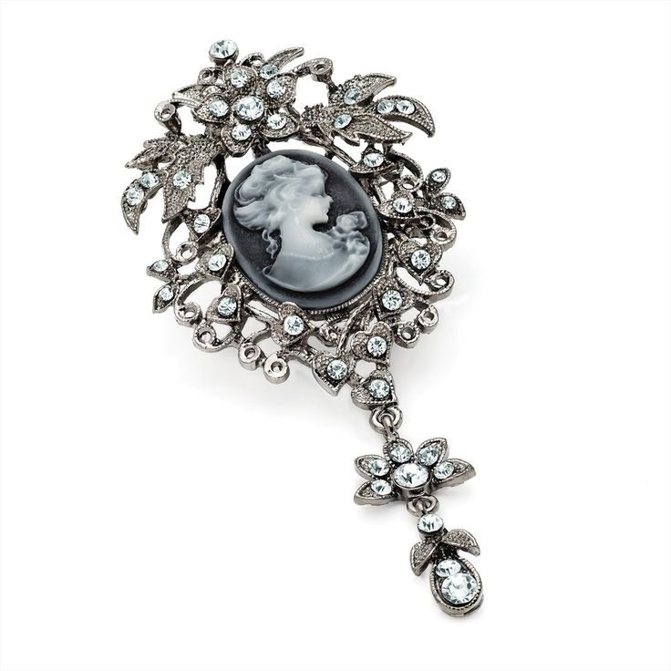 dress style vintage brooches