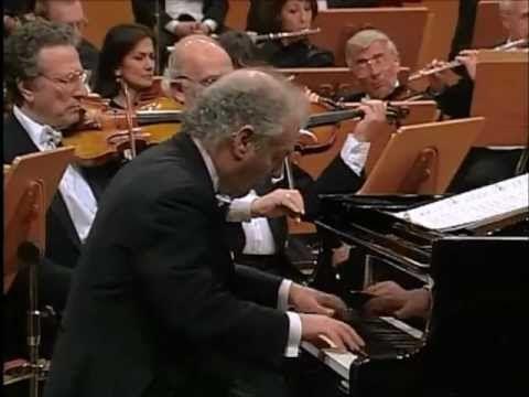 Manuel de Falla - Nights in the Gardens of Spain (p: Daniel Barenboim, o: Chicago Symphony Orchestra, c: Plácido Domingo)