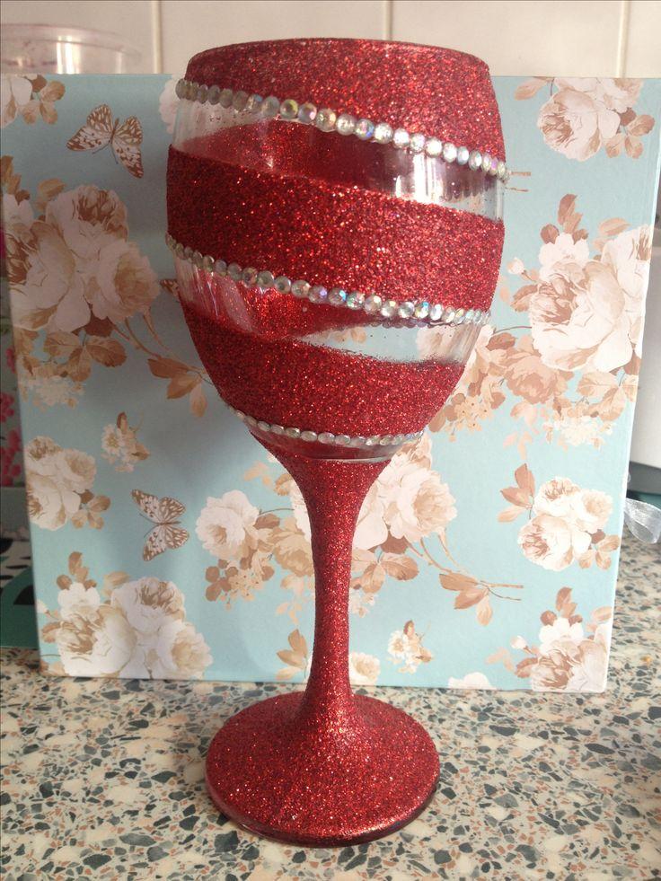 Best 25+ Glitter wine glasses ideas on Pinterest ...